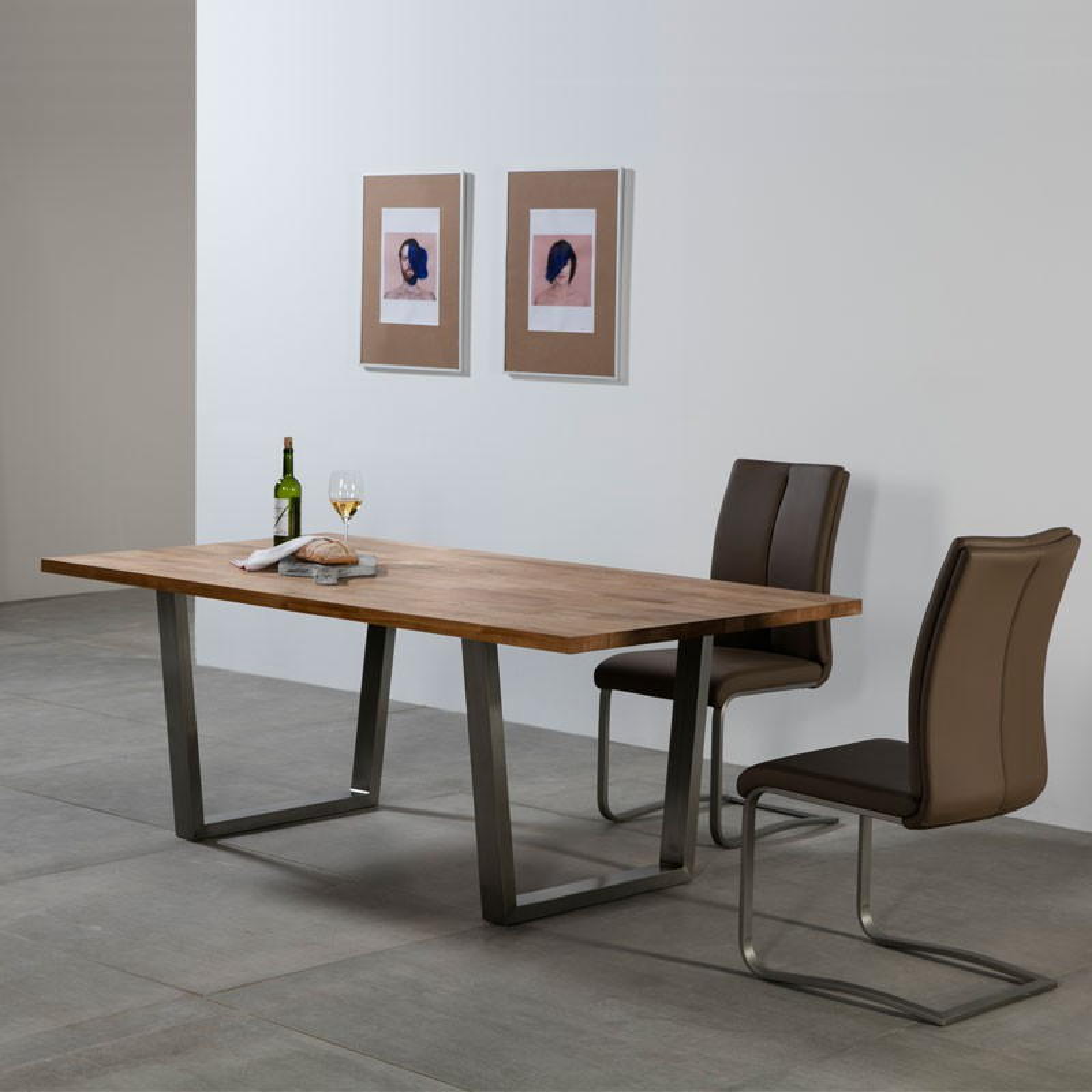 table de repas ch ne massif et inox steph univers salle. Black Bedroom Furniture Sets. Home Design Ideas