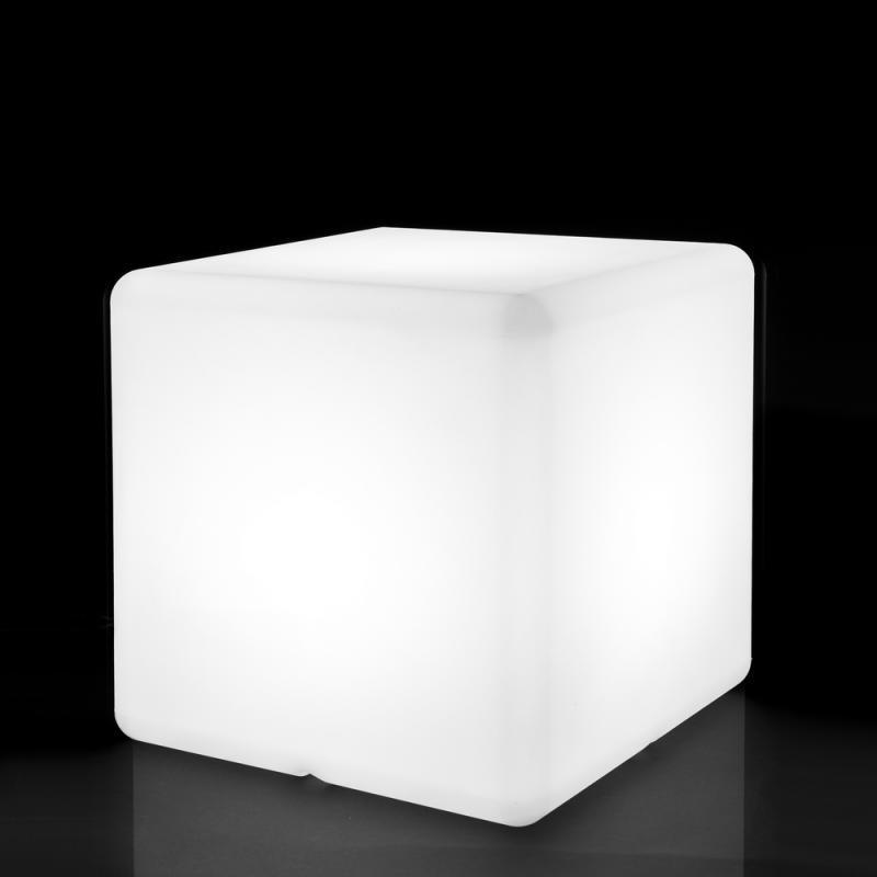 Lampe cubique Résine blanche taille S - BASENJI