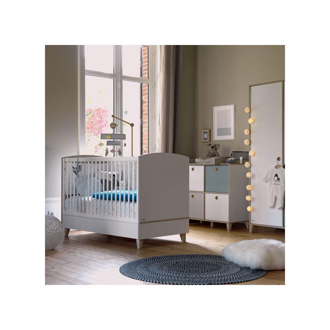 lit barreaux pour b b blanc bois nours univers de la. Black Bedroom Furniture Sets. Home Design Ideas